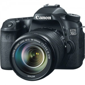 Canon EOS 70D with 18-200
